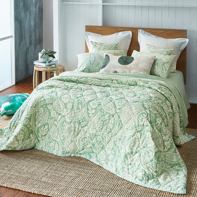 Block Printed Cotton Bed Set in Floral Green Print Super King main photo