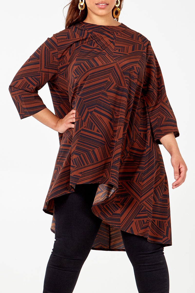Curve - Geometric Print High Low Top