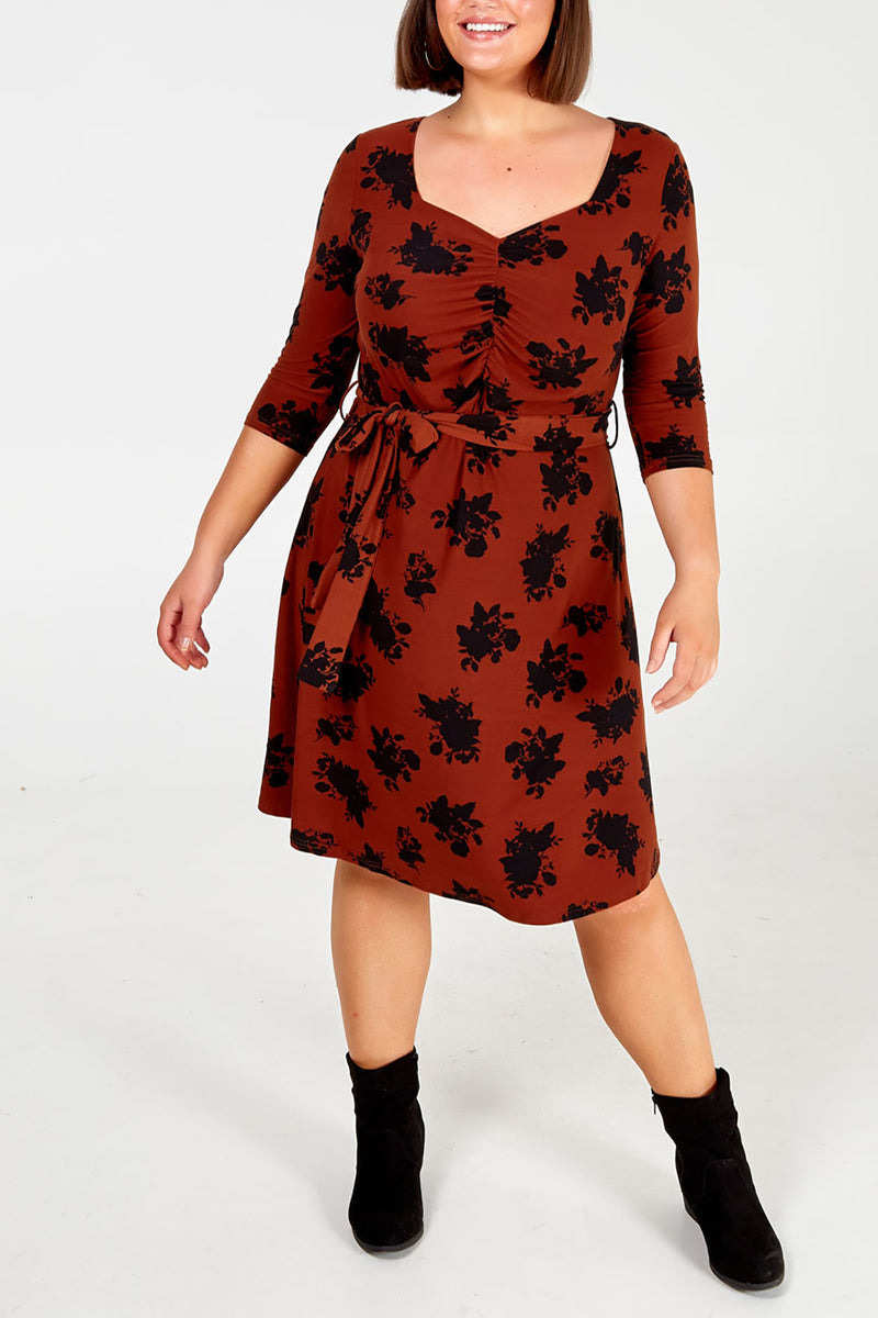 Curve - Floral Ruched Tea Dress
