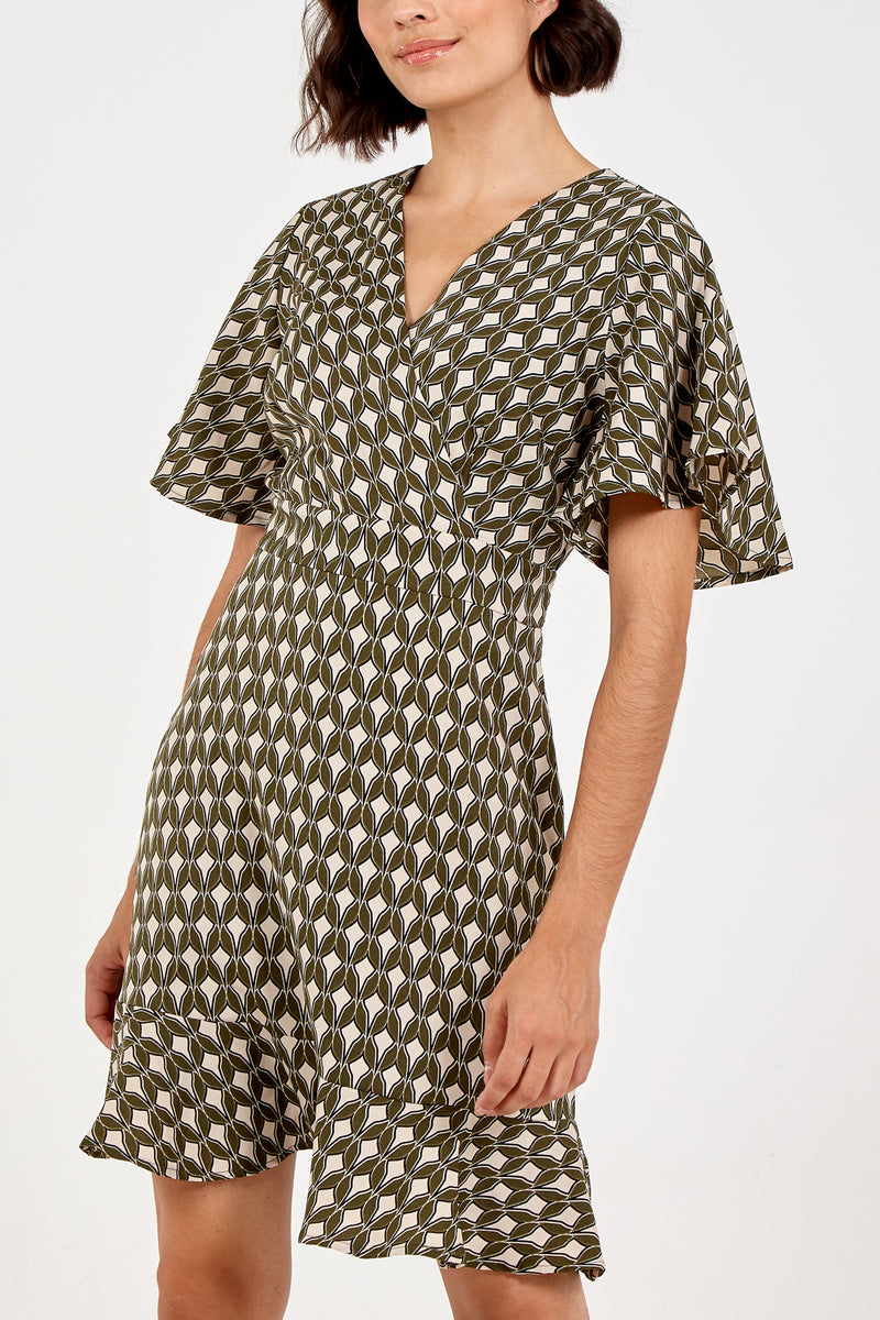 Geometric Print Front Frill Sleeve Dress