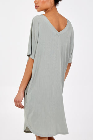V-Front Oversize Tunic Top