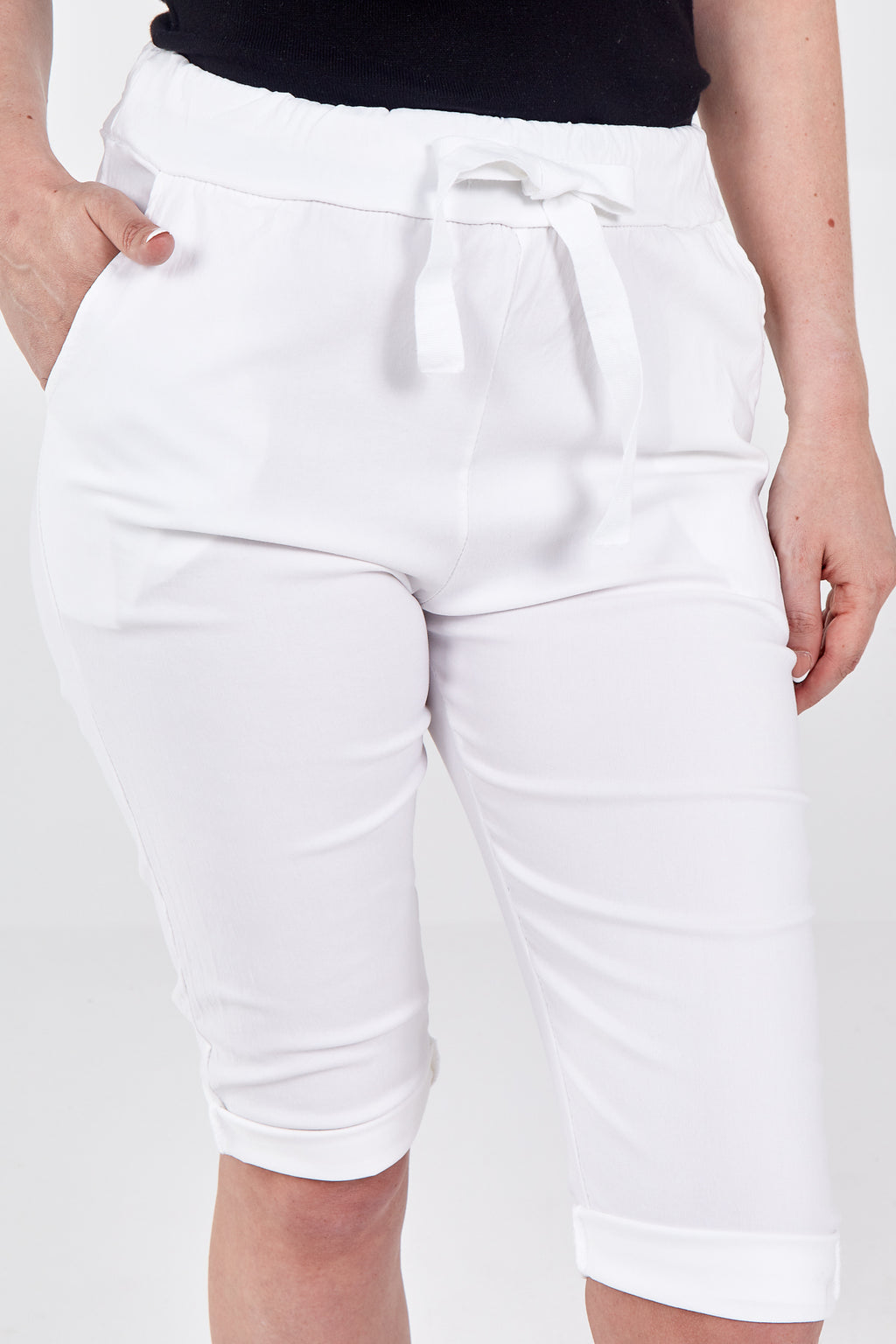 Magic Cropped Length Basic Trousers