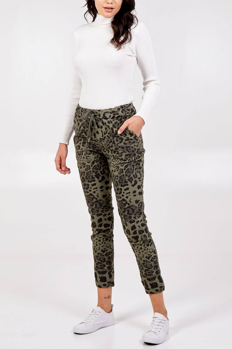 Magic Super Stretch Leopard Print Jogger