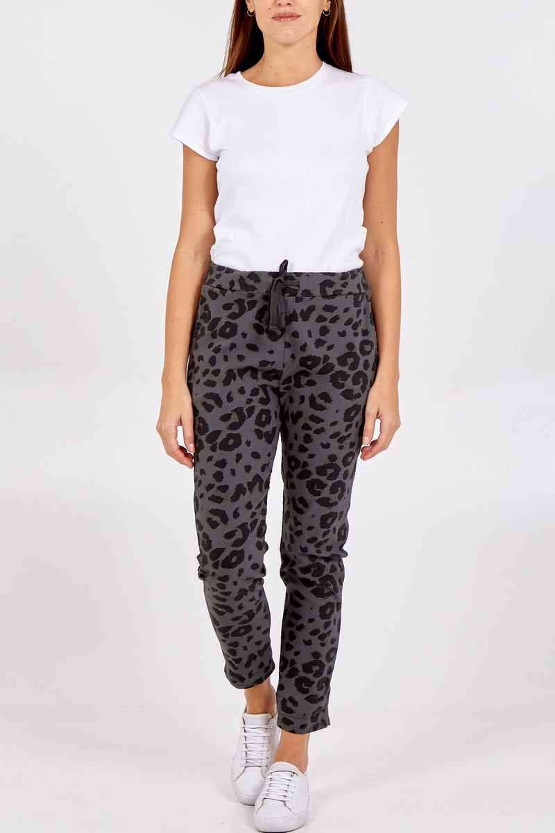 Leopard Print Two Pocket Tie Front Jogger