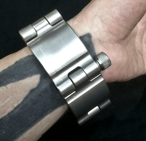 Machined Aluminum Shackle Cuff - Antiqued Black