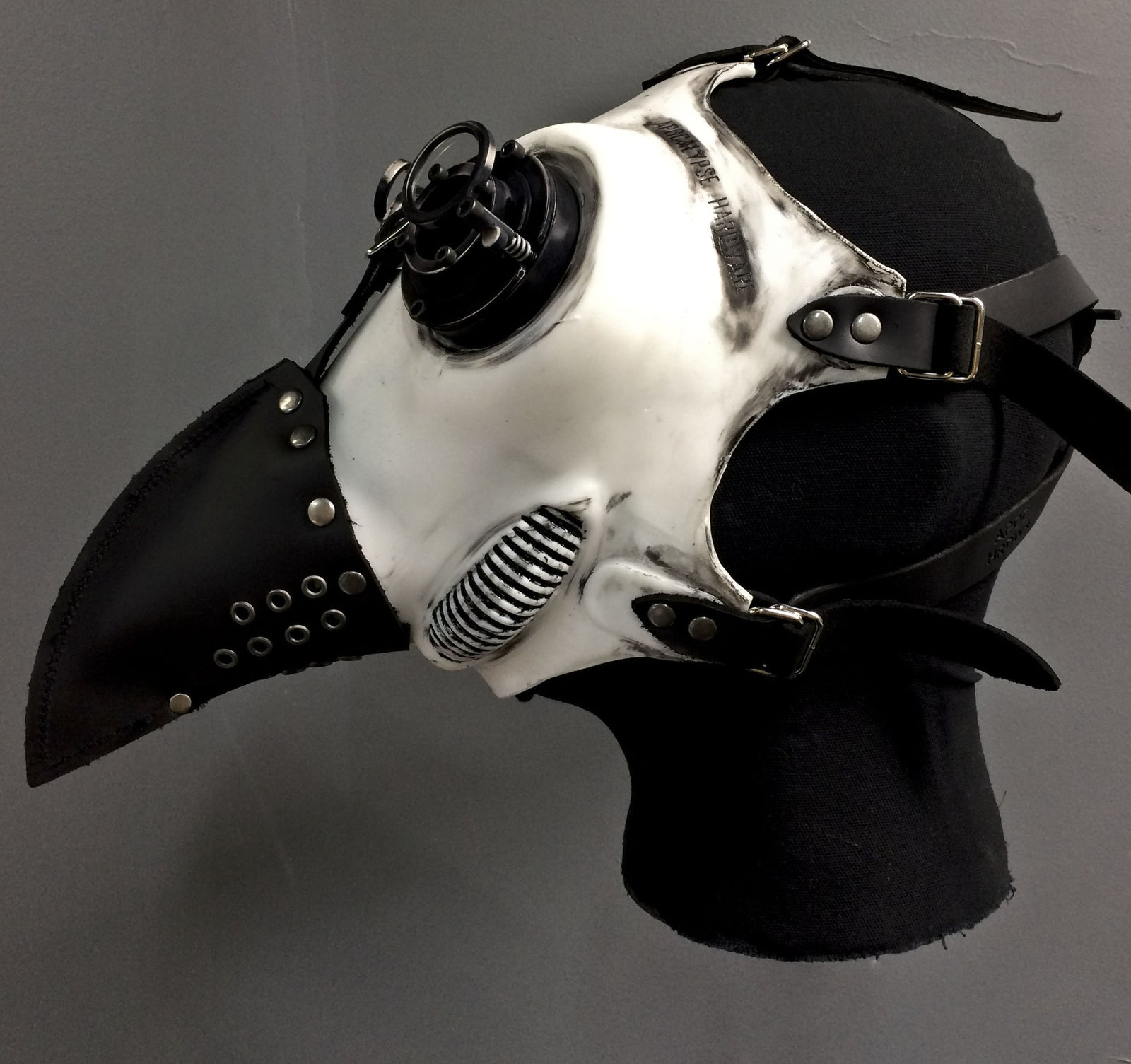Gas Mask - Plague -  White Silicone- MS053SW