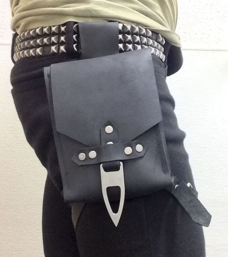 Hip Pouch - Solid Leather - Black