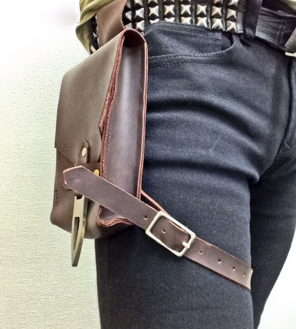 Hip Pouch - Solid Leather - Burgundy