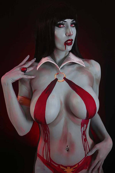 VAMPIRELLA #15 INTRAVENTUS COSPLAY Cover Pack Pre-order