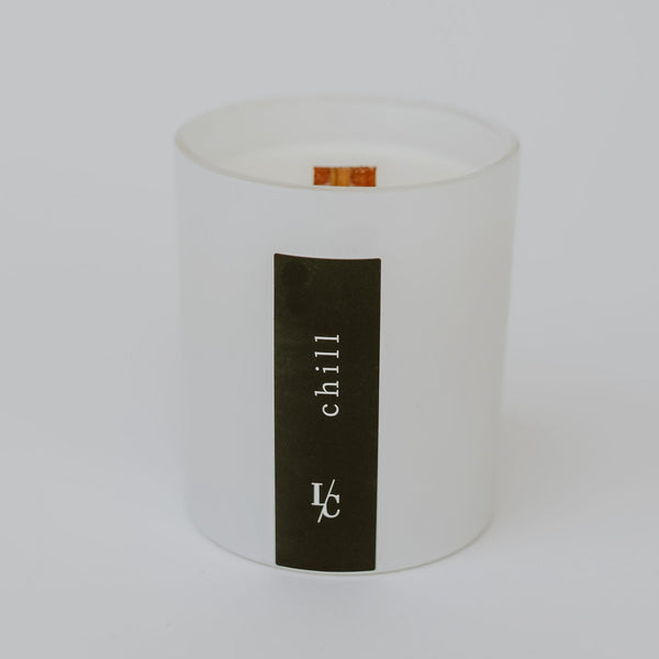 Chill soy candle tangerine and peach tea