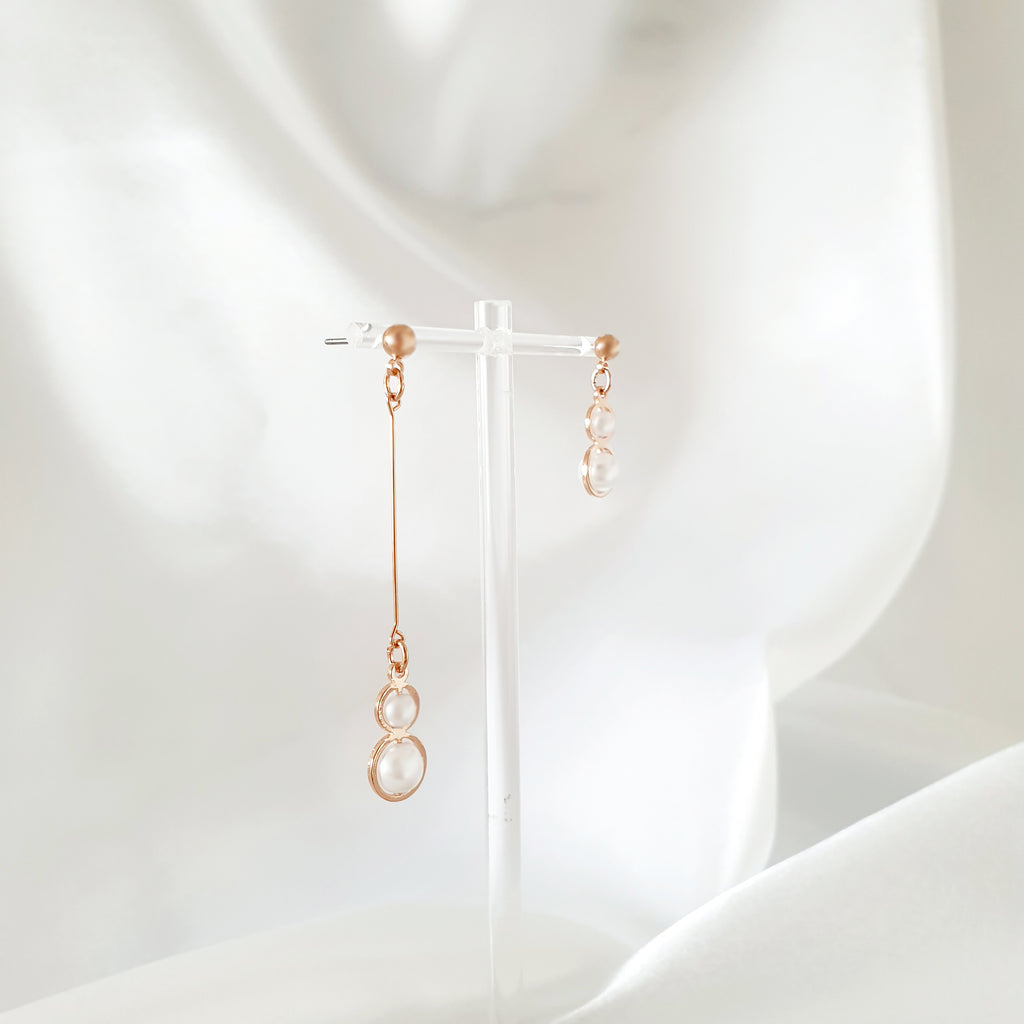 Snowman Unbalanced Earrings Rose gold