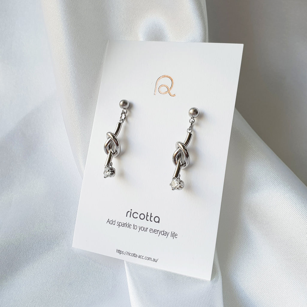 Knot Earrings Silver