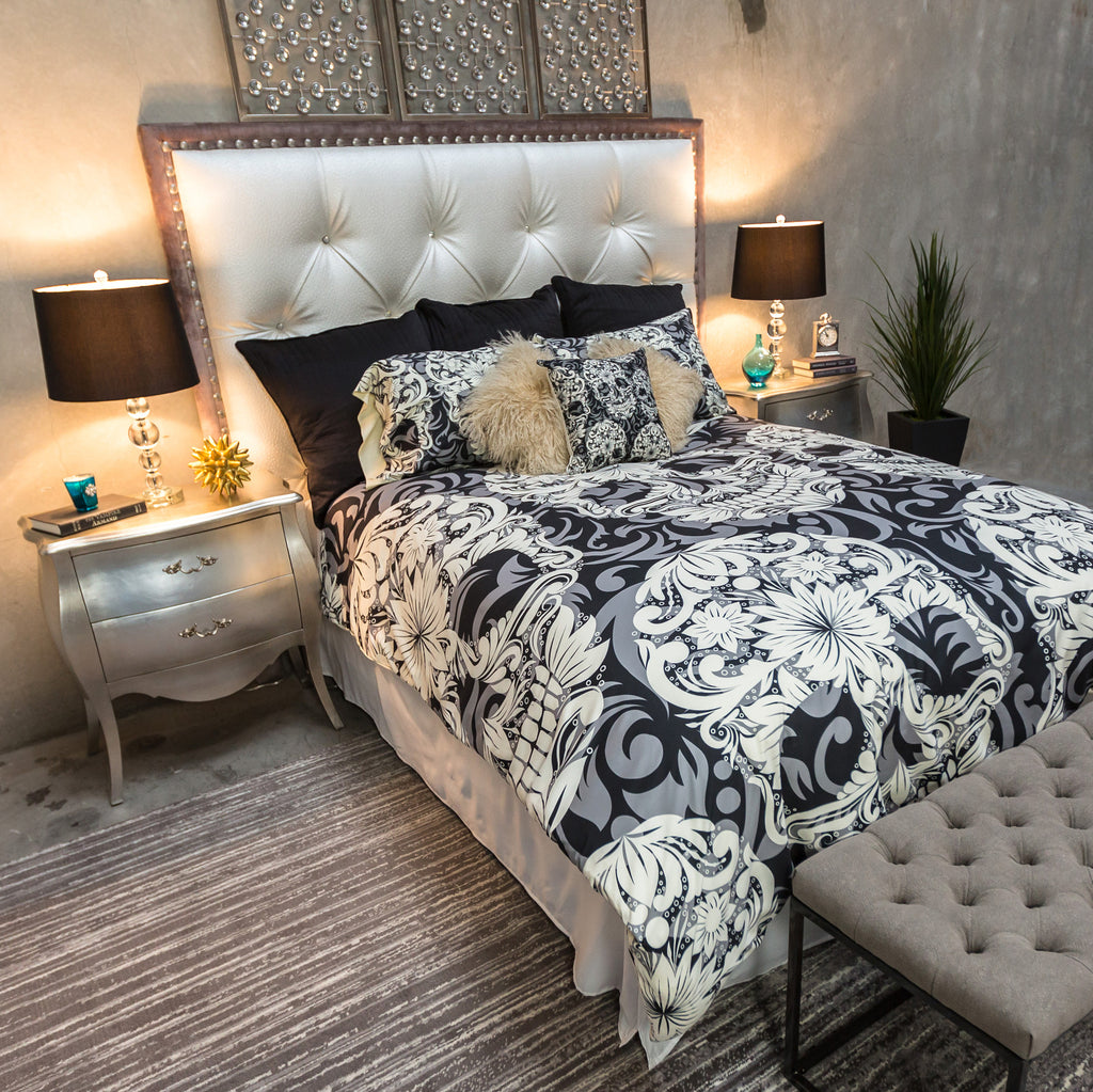 Black and Grey Scroll Skull Bedding CREAM