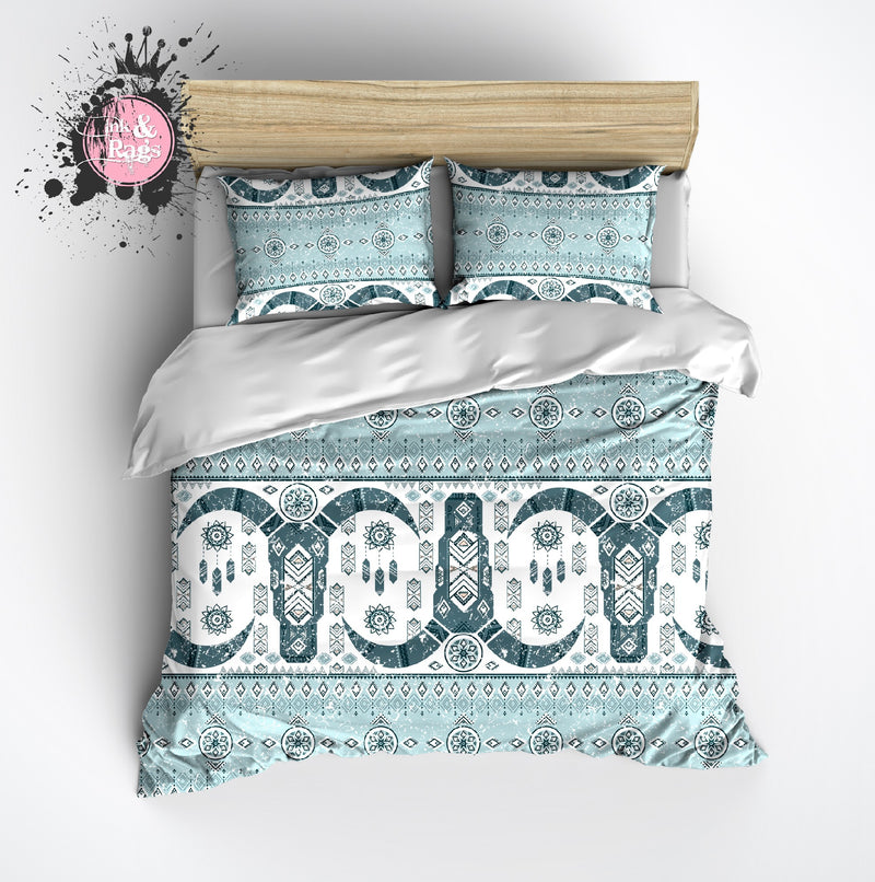 Light Blue and Teal Cattle Skull Fair Isle Pattern Bedding