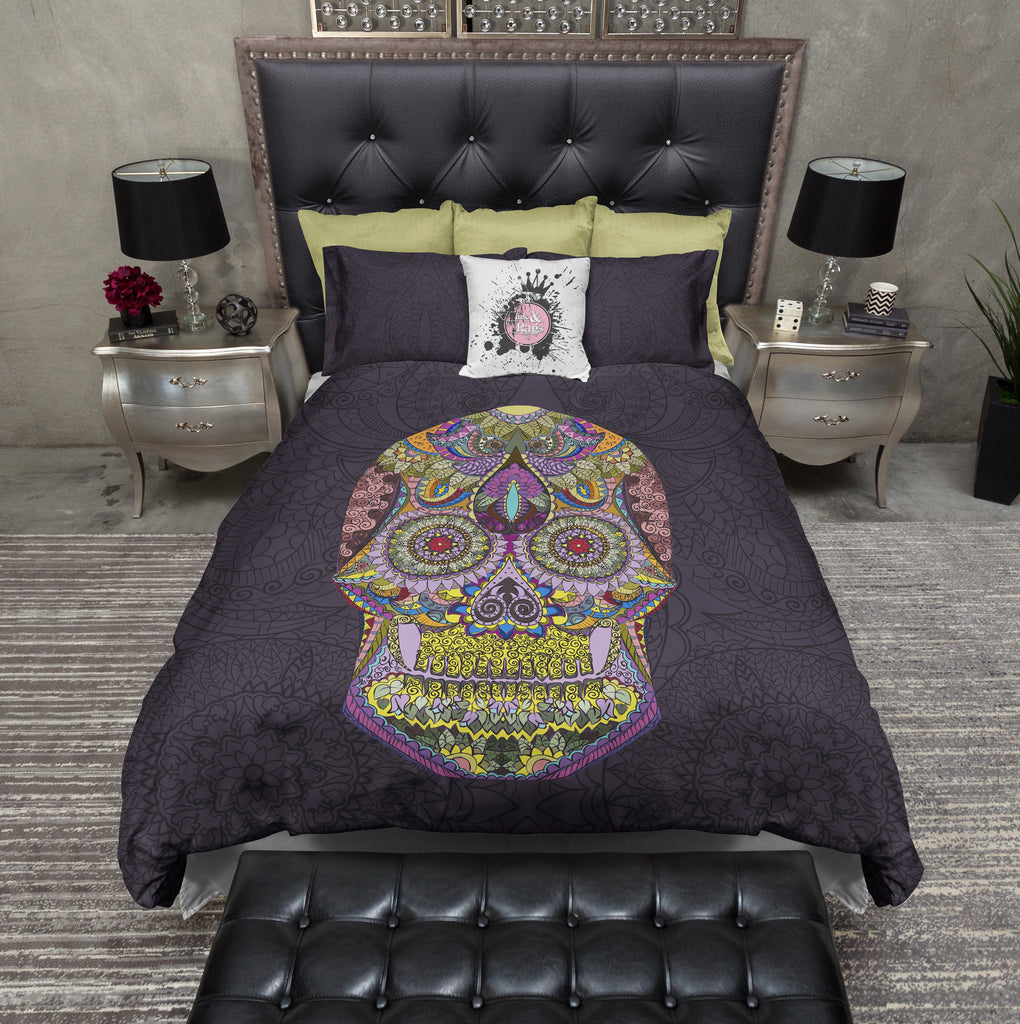 Detailed Dark Purple Mosaic Skull Bedding CREAM