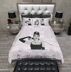 Pink Damask Audrey Breakfast at Tiffany's News Print Style Fashion Duvet Bedding Sets