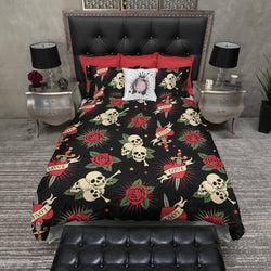 Love Skull Bedding with Hearts, Swords and Roses Bedding