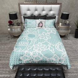 Ice Blue and Lace Print Skull Bedding