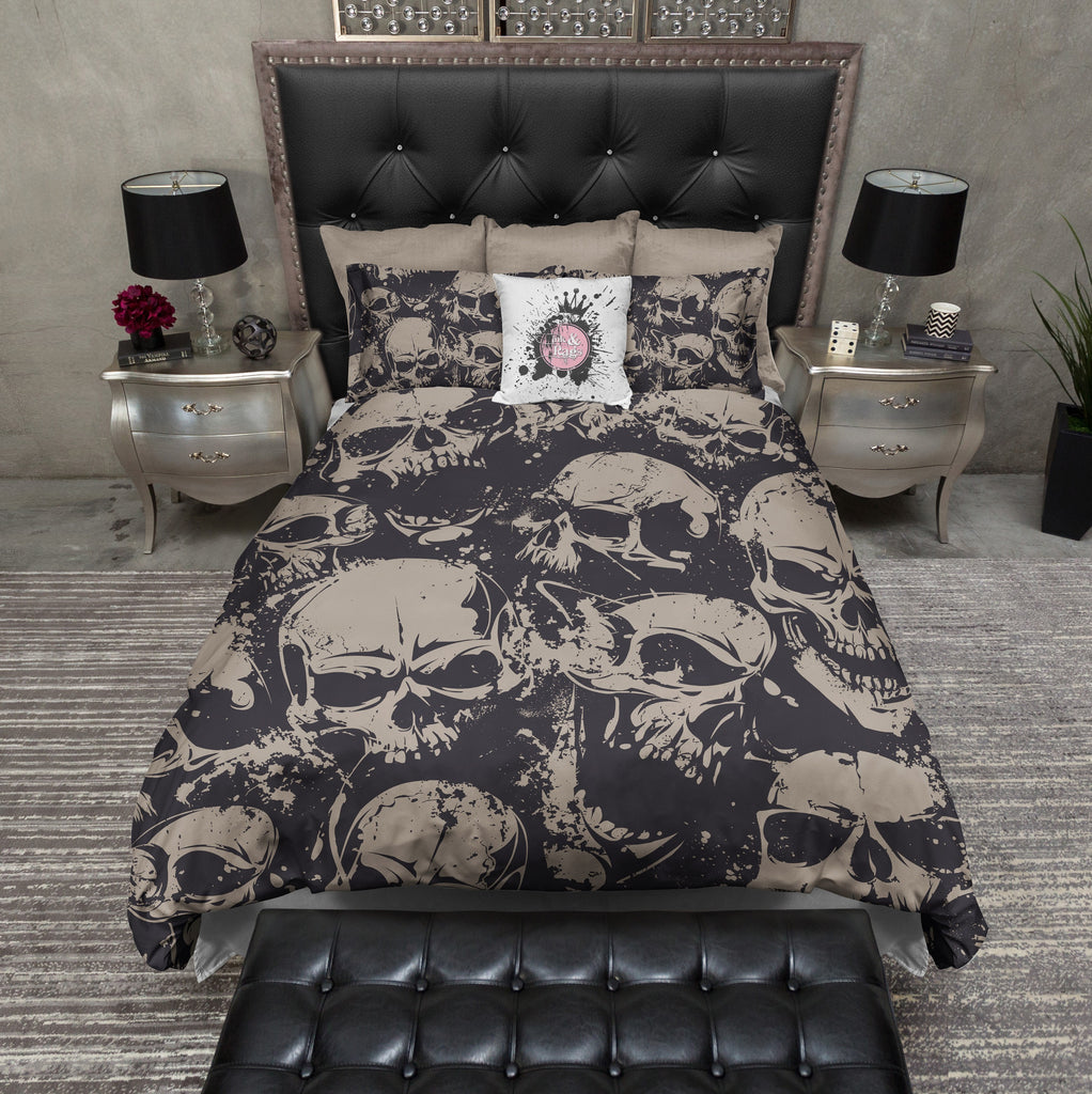 Black and Tan Grunge Skull Bedding
