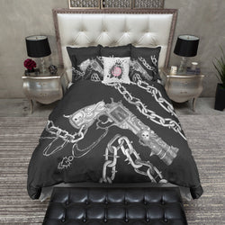 Hand Sketched Gun Chain and Skull Bedding