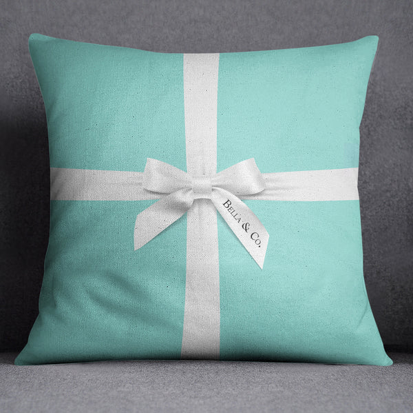 Name & Co Personalized Fashion Decorative Throw and Pillow Cover Set