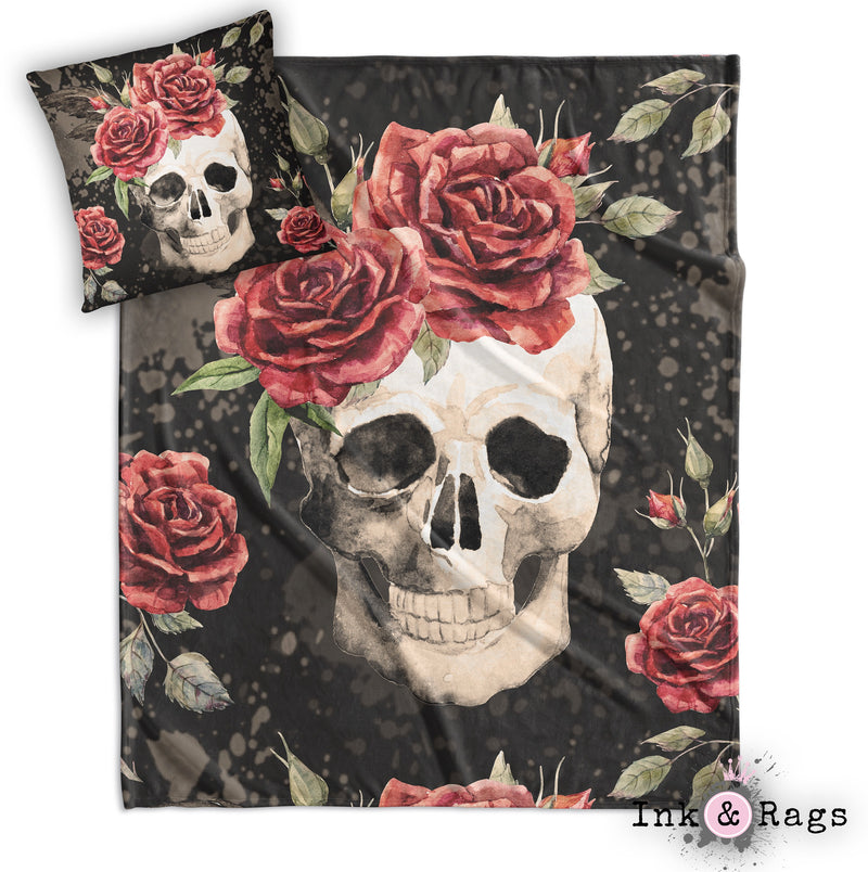 Antiqued Red Rose Skull Decorative Throw and Pillow Set WHITE