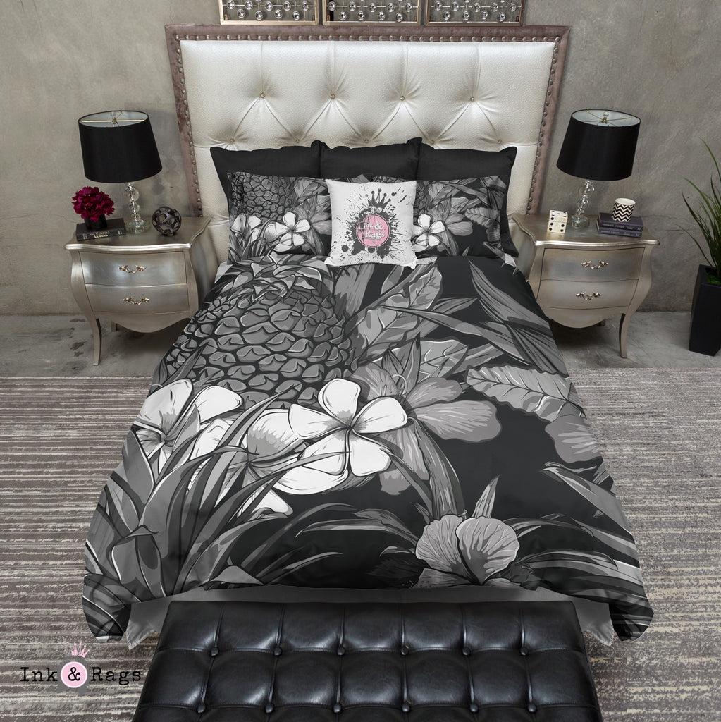 Black and White Pineapple Plumeria Bedding Collection
