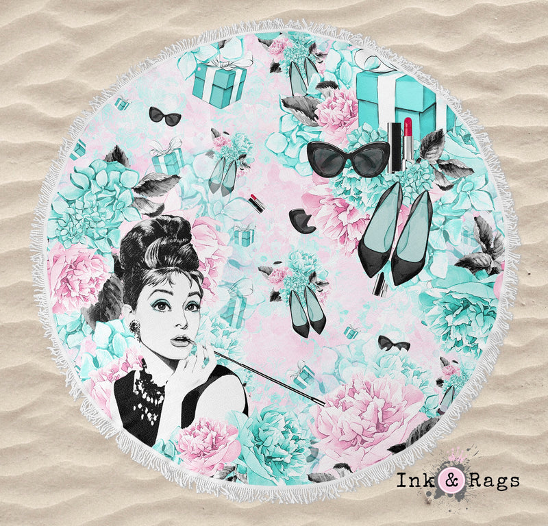 Breakfast at Tiffany Beauty and Fashion Round Beach Towel