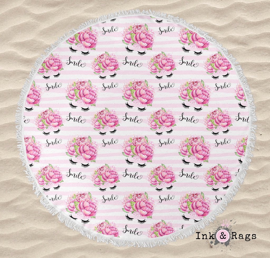 Smile Eyelashes and Flowers Round Beach Towel