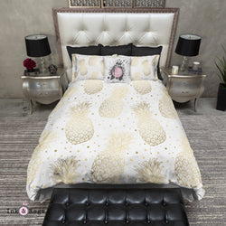 White and Gold Pineapple Dot Bedding