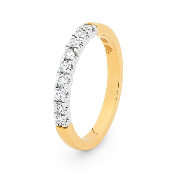 Claw Set Round Brilliant Diamond Band