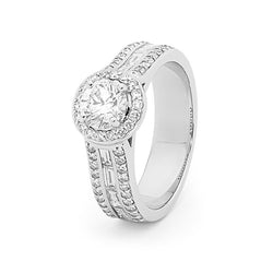 Diamond Halo with Wide Band