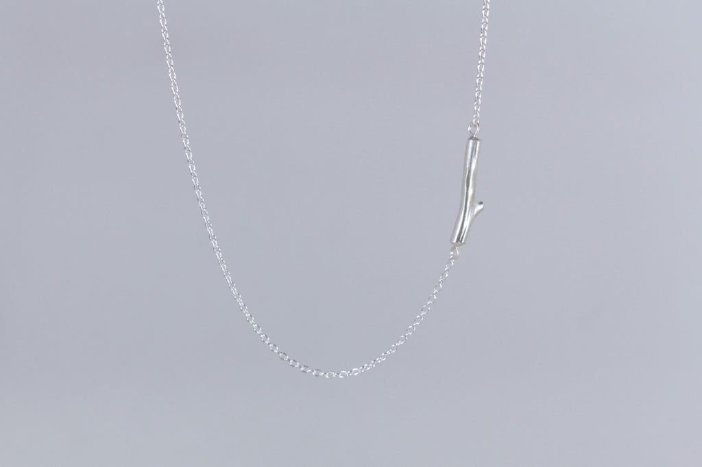 Natura Mini Stem Necklace