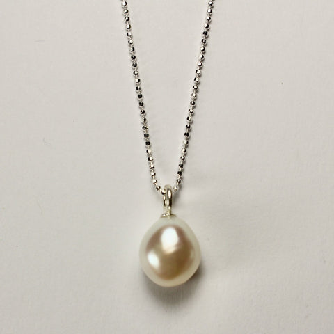 Wabi Sabi Single White Pearl Pendant