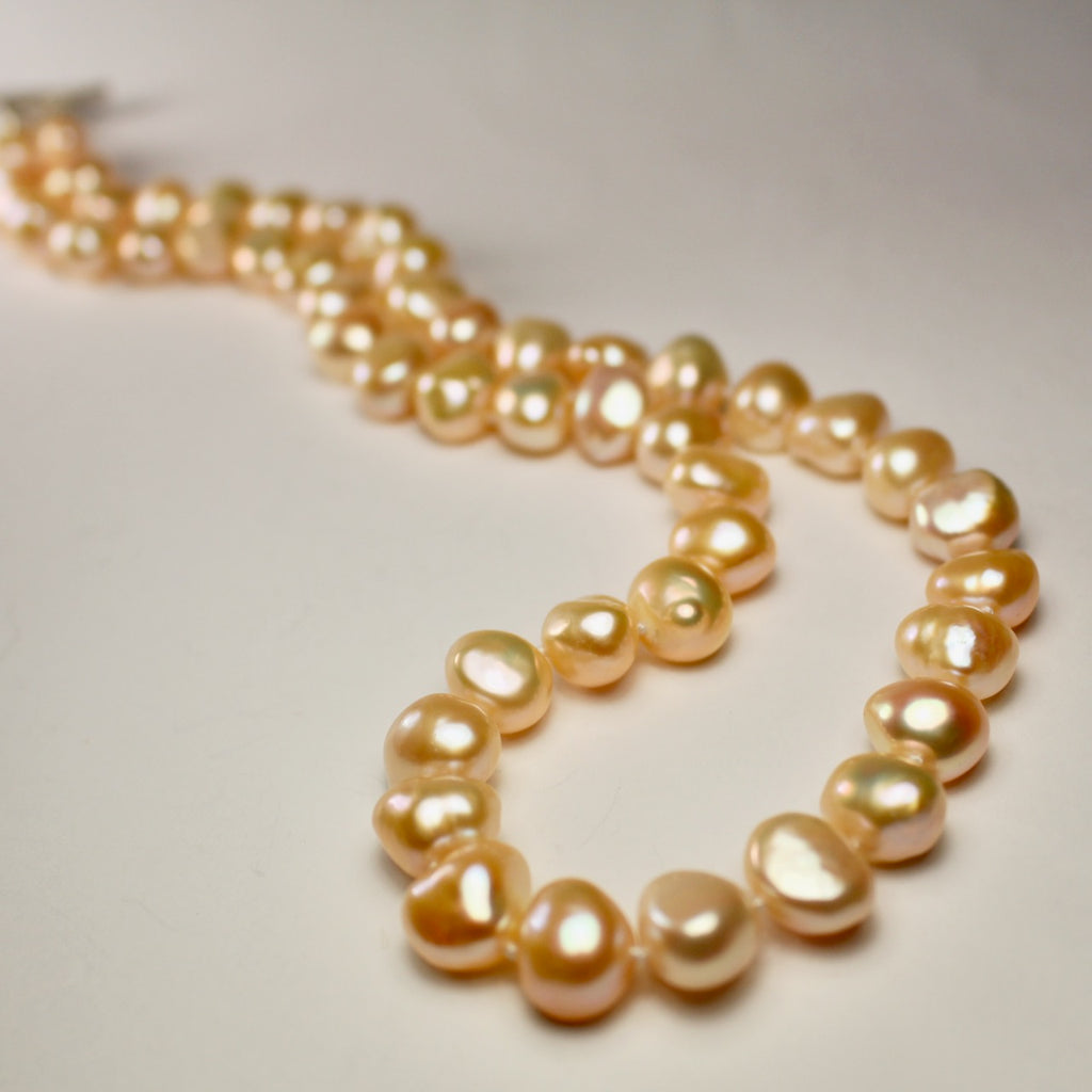 Wabi Sabi Peach Pearl Necklace - Small Pearls
