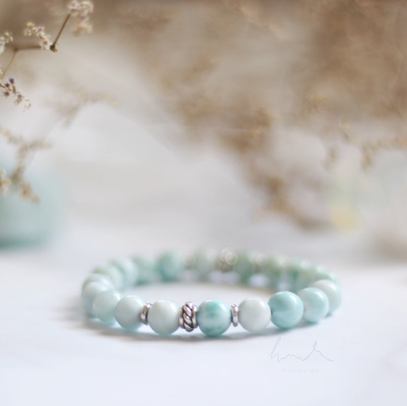 The Larimar Tightrope