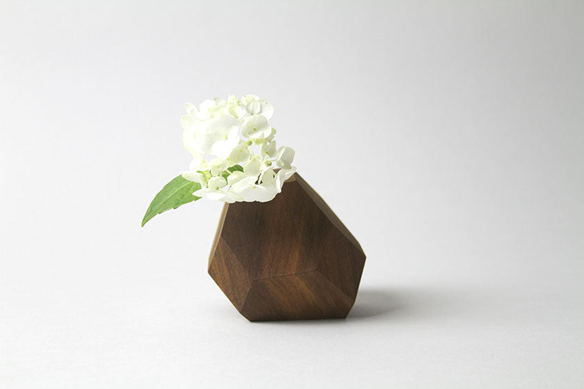 Red Cedar Meteor Flower Vase