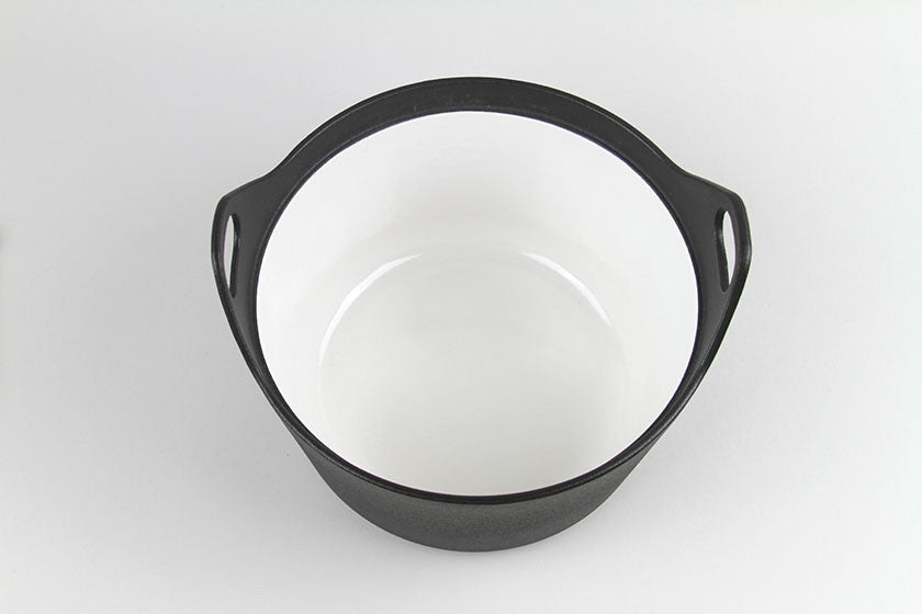 iittala Sarpaneva 3-Quart Cast Iron Casserole with Wooden Handle