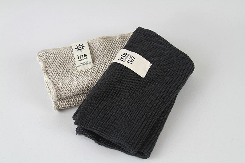Iris Hantverk Knitted Small Bath Towel (Dark Grey)