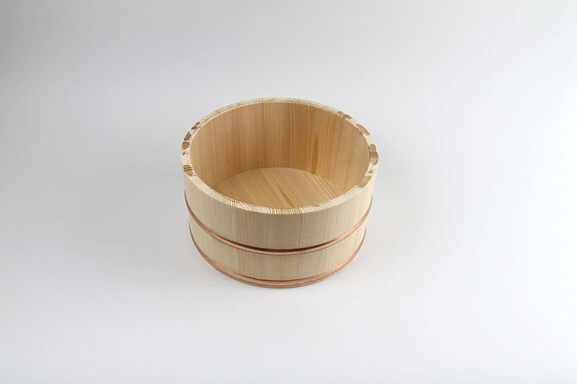 Lifestyle Hinoki Cypress Bucket with Copper Rings