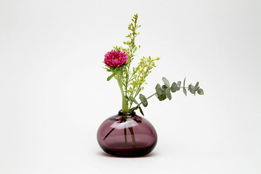 Sugahara Flower Bud Vase Riverstone Wine Red Monolier