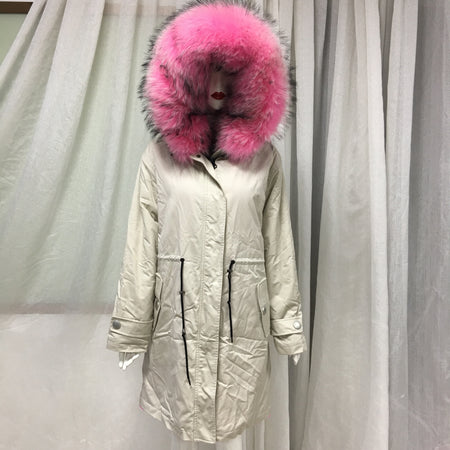 Latest Elegant Luxury Style Winter Lady Pink Faux Fur Lining Real Raccoon Fur Collar Long Rice White Jacket