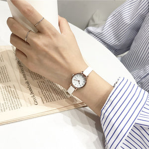Designer small dial white women watch ulzzang luxury fashion brand quartz female retro watches vintage leather lady wristwatches