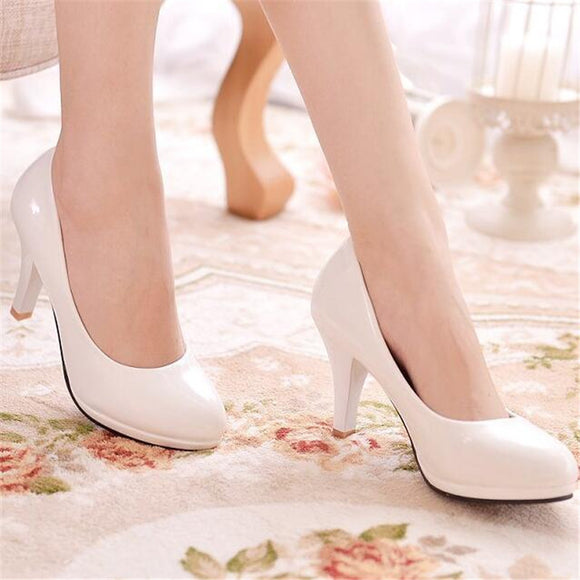 2018 comfortable female single shoes round head Solid color High heels black work shoes large size