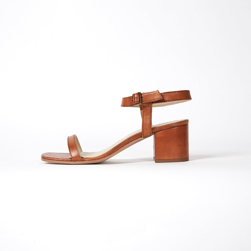 THE DAILY HEEL  - TAN