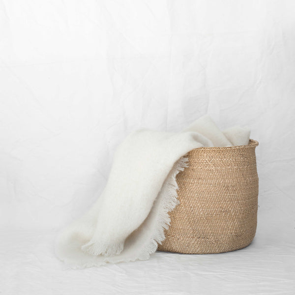 MOHAIR THROW - NATURAL