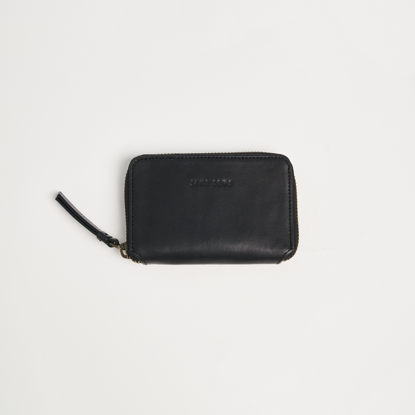 SHORT ZIP WALLET - BLACK