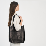 THE DAILY TOTE - BLACK