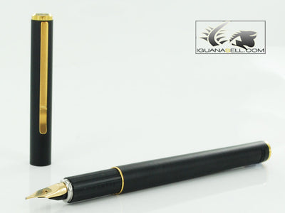 Aurora Hastil 1970 Fountain Pen - Black Lacquer & Gold