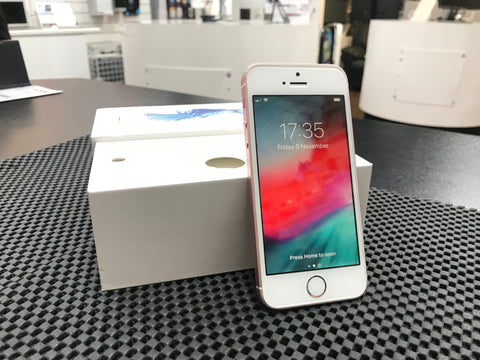 iPhone SE 64GB Unlocked